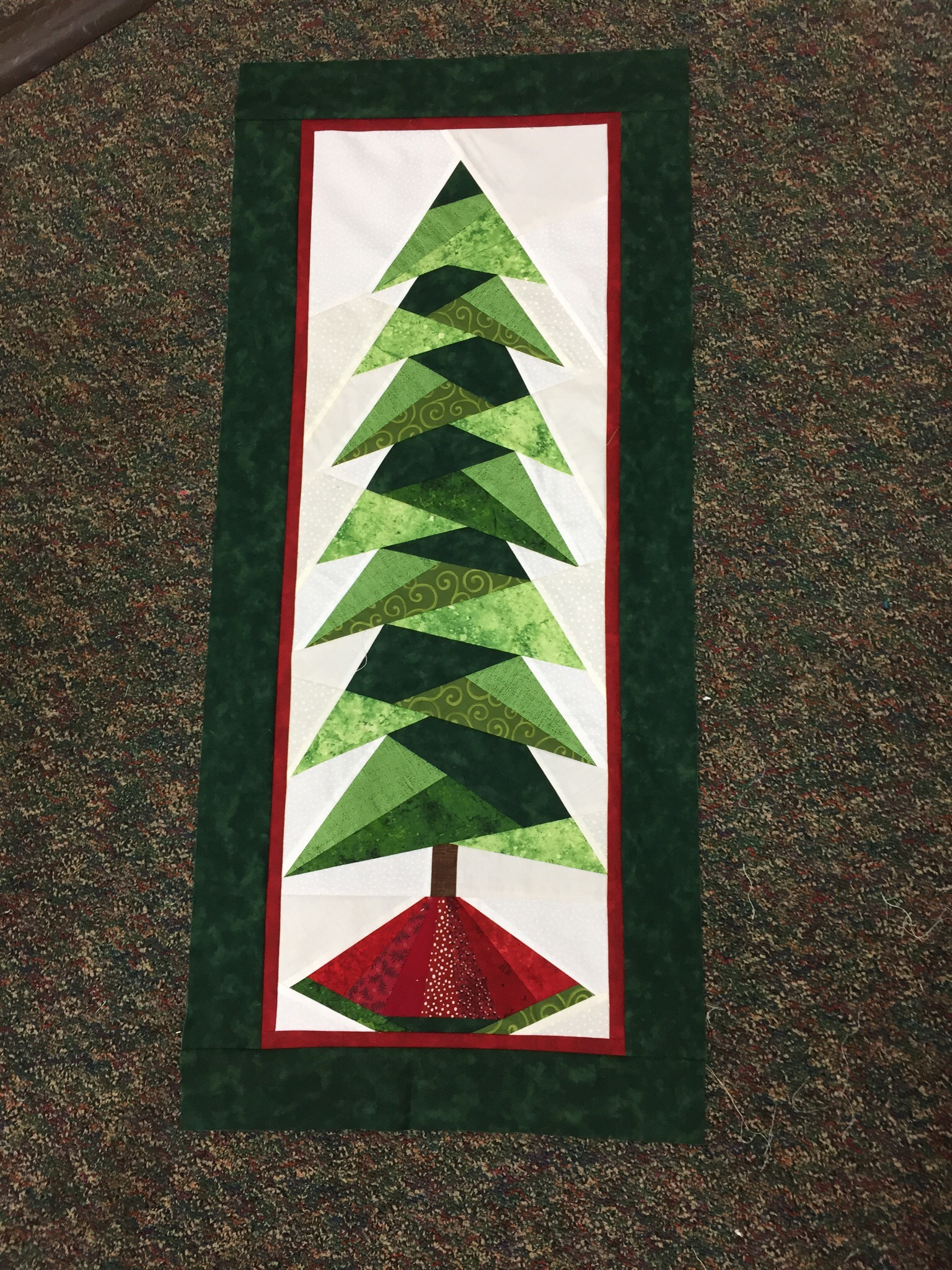Christmas Tree Wall Hanging Stitching Circle